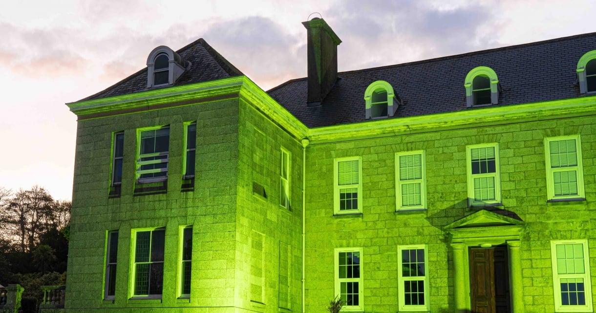 Tremough House Lights Up Green © Neal Megaw / © Mayn Creative